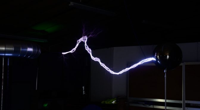 The 1MV Tesla coil myth – Spark growth